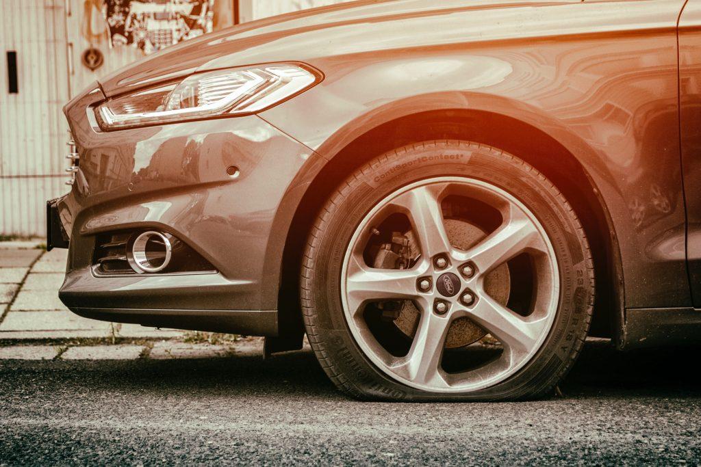 Mikä turva rengasvahingolle?